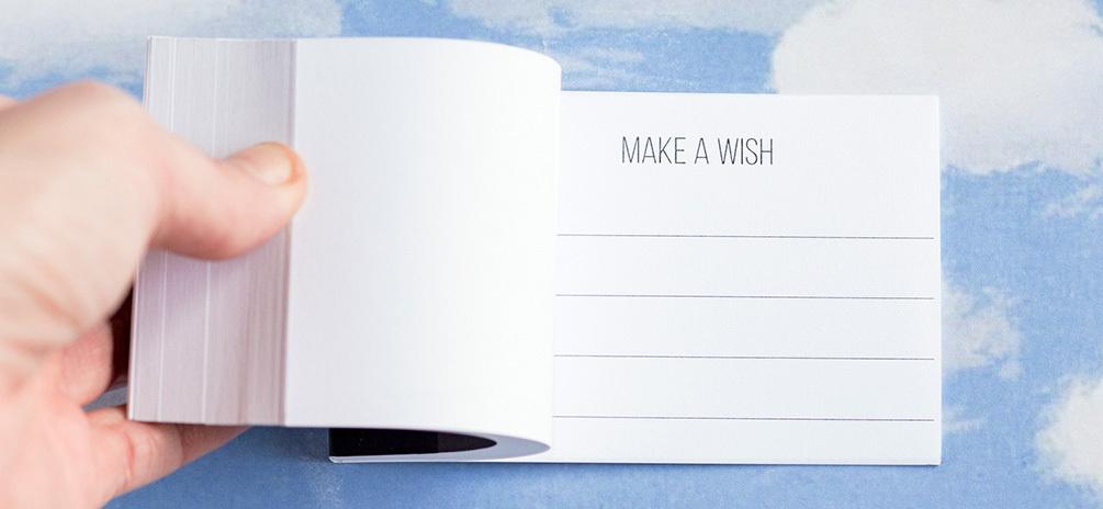 Make a wish il Flipbook che sfogliato velocemente diventa un biglietto d'auguri - una idea regalo con dedica da personalizzare